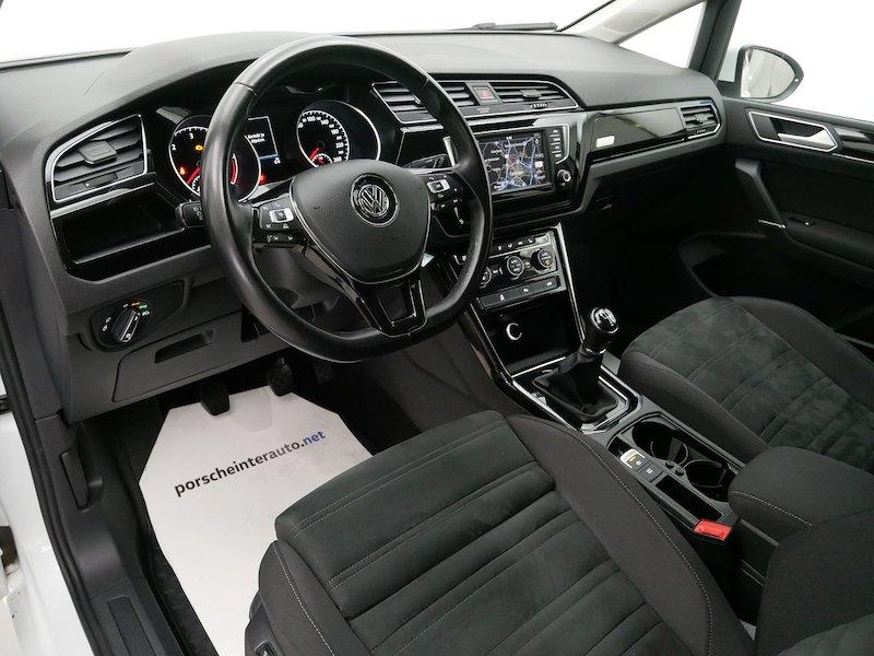 Volkswagen Touran 2.0 TDI BMT Highline11