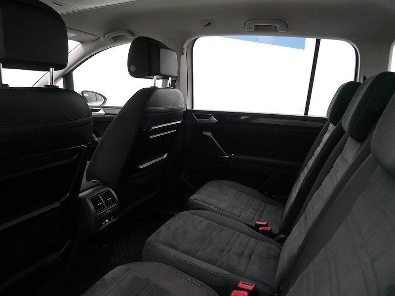 Volkswagen Touran 2.0 TDI BMT Highline12