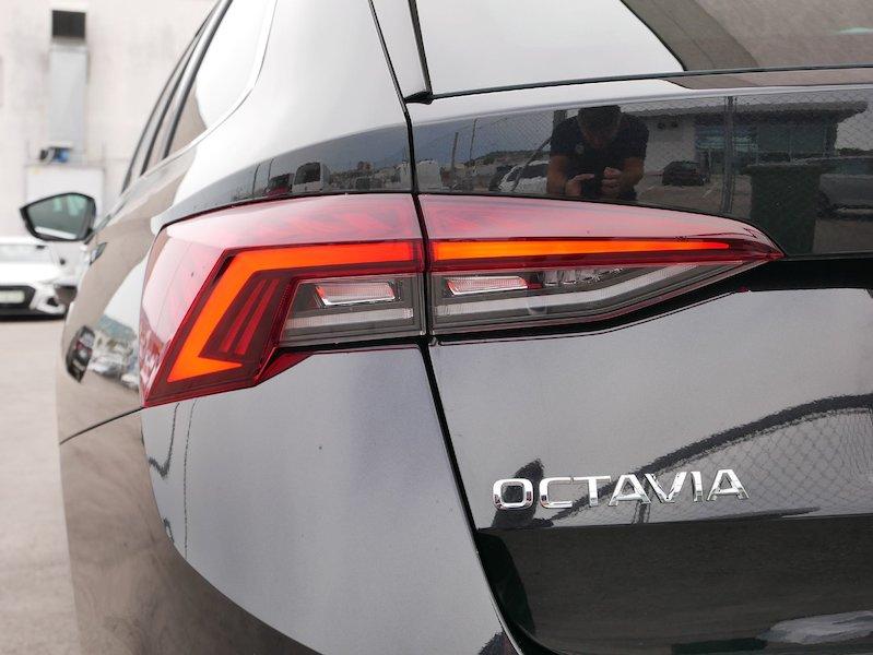 Škoda Octavia Combi 1.5 TSI Style18