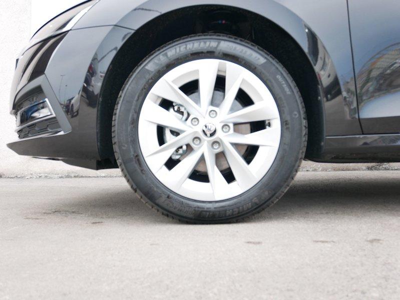 Škoda Octavia Combi 1.5 TSI Style6