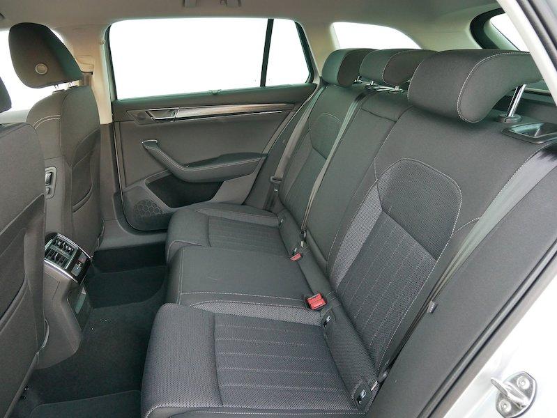 Škoda Superb Combi iV 1.4 TSI Style DSG - SLOVENSKO VOZILO12