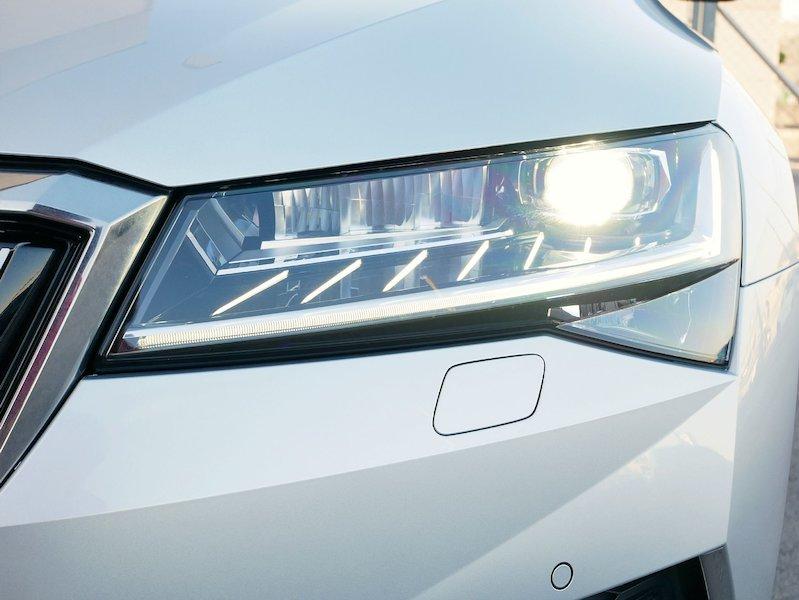 Škoda Superb Combi iV 1.4 TSI Style DSG - SLOVENSKO VOZILO19