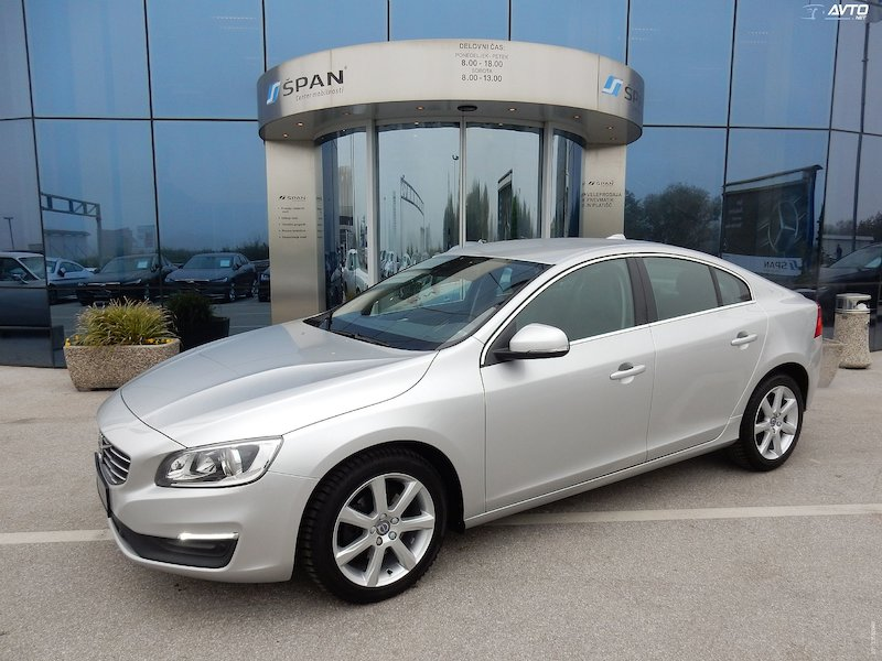 Volvo S60 D3 Momentum BUSINESS Geartronic AUT +NAVI+LED ITD