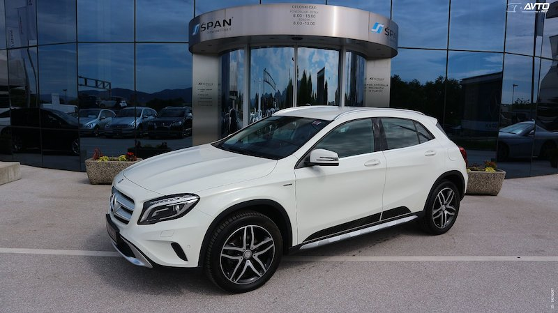 Mercedes-Benz GLA-Razred GLA 200 d Urban Avt.