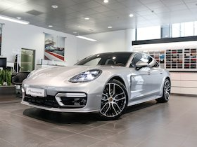 Porsche Panamera 4 E-Hybrid PDK